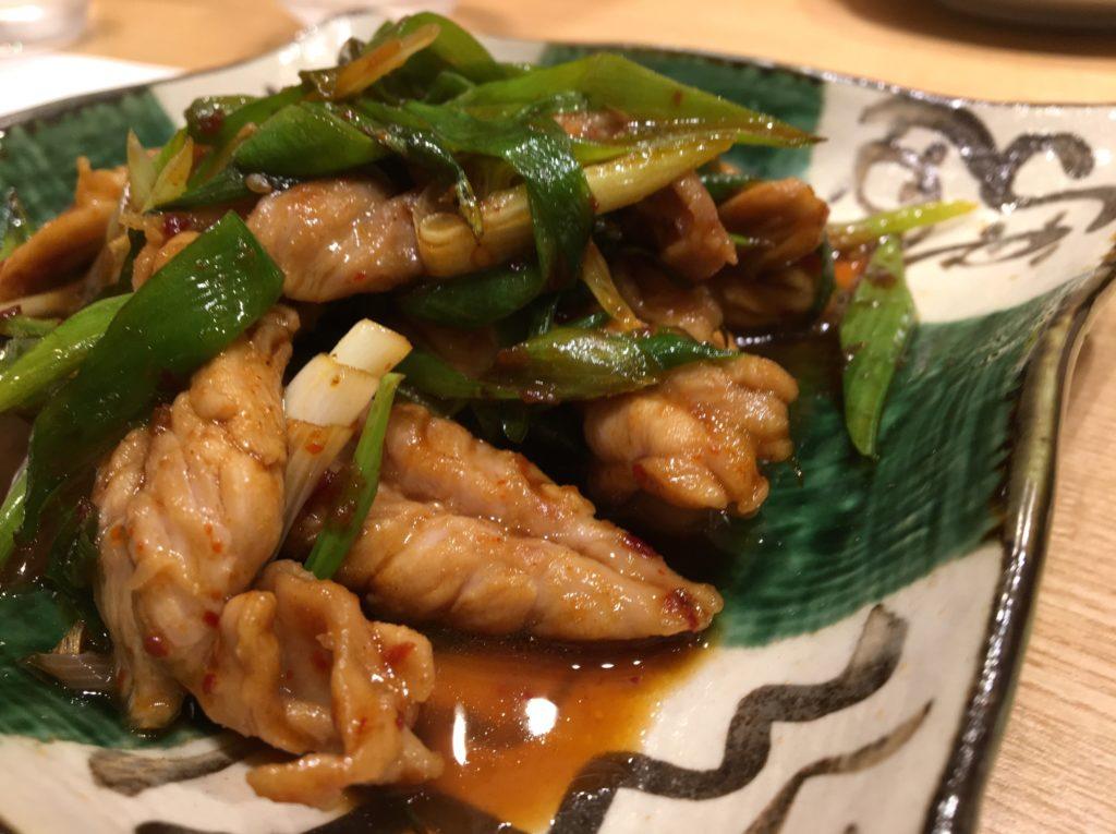 陽菜田鶏セセリと九条ネギの甘辛炒め