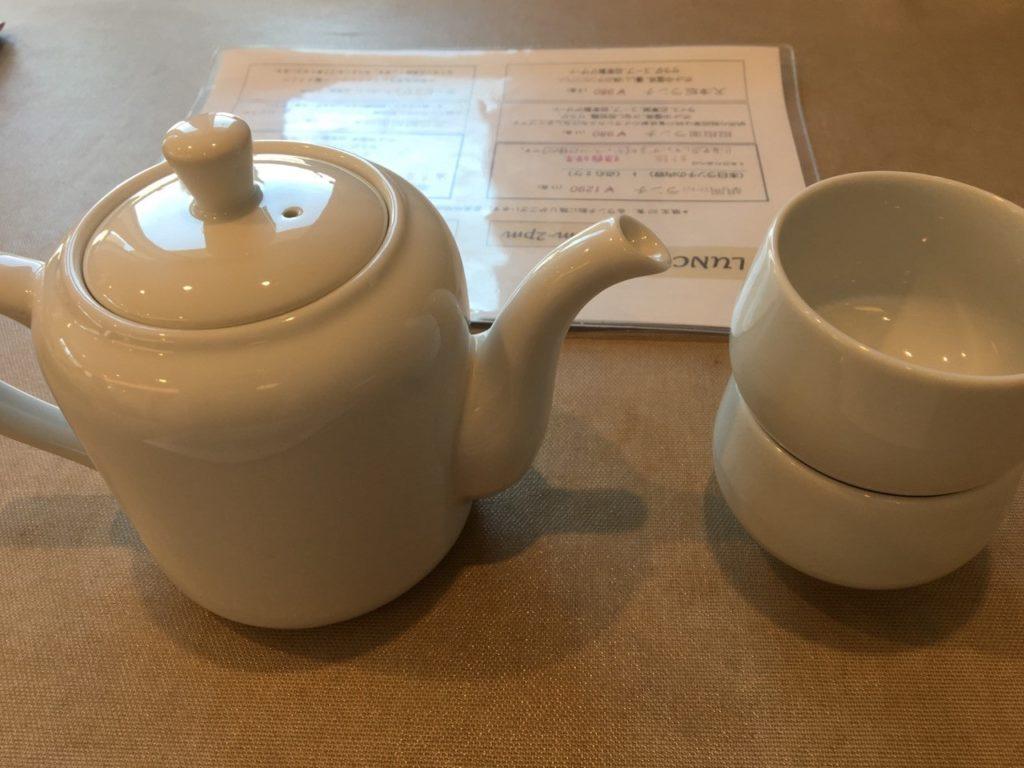 胡同ランチ中国茶